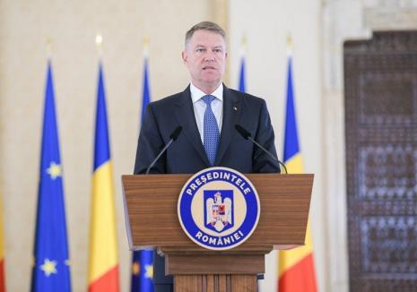 Iohannis face un nou apel către români să stea în case şi promite noi măsuri pentru ajutorarea celor afectaţi (VIDEO)