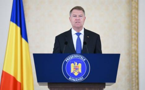 Iohannis zice că PSD a făcut un hobby din a schimba totul în România: A mărit salariile până le-a micşorat, acum vrea să naţionalizeze Pilonul II
