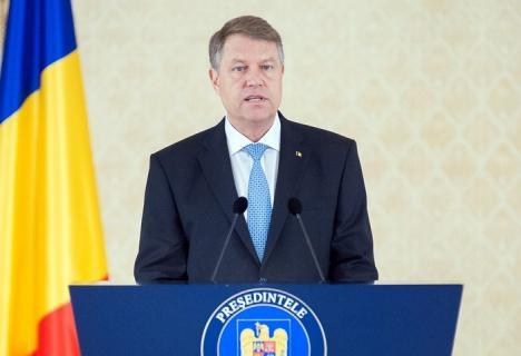 Iohannis: 2017 a fost un an în care societatea românească şi-a demonstrat ataşamentul faţă de valorile democraţiei (VIDEO)