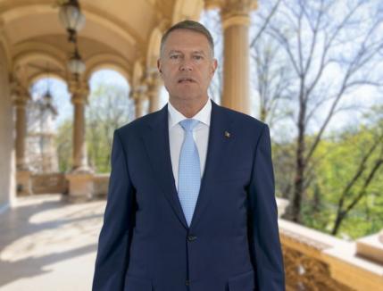 Iohannis, mesaj de Paşte şi Florii: Puterea credinţei ne dă speranţa că în curând vom putea fi împreună din nou (VIDEO)