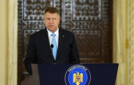 Preşedintele Klaus Iohannis: Rovana Plumb şi Sevil Shhaideh trebuiau să demisioneze sau să fie retrase