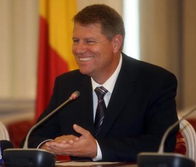 Klaus Iohannis s-a înscris în PNL. Antonescu îl vede bun de premier