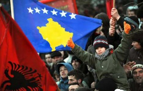 Autonomie legiferată: Curtea de la Haga recunoaşte Kosovo!