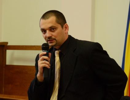 """La Oşorhei, adunarea! Fostul adjunct al Poliţiei Locale Oradea conduce acum """"trupele"""" din Oşorhei"""