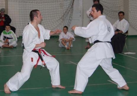 Rezultate bune pentru karateka orădeni la faza zonală a Campionatelor Naţionale