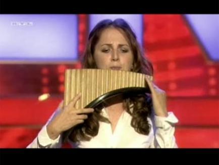 Românca Petruţa a ajuns în finala concursului Supertalent