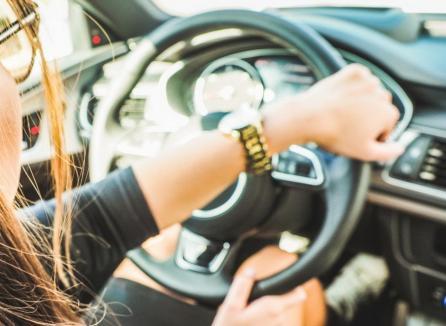 Păzea, avocate la volan! Încă o avocată din Oradea a fost prinsă conducând cu alcoolemie mare