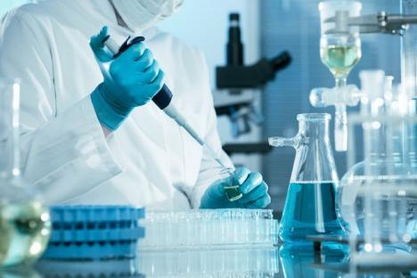 Consorţiul spitalicesc: Spitalul Judeţean şi cel Municipal vor avea un laborator comun mai performant şi economic