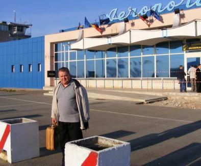 Lakatos susţine că a fost anunţat cu o zi înainte că avionul cu care Boc a venit la Oradea va întârzia