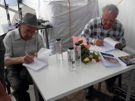 'Cărţile Memoriei', lansate la târgul Gaudeamus: Foşti deţinuţi politici au rememorat ororile comunismului (FOTO)