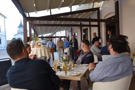 Bere cu (bun) gust. Lansare de carte cu degustare de bere artizanală în Cetatea Oradea (FOTO)