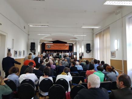Centenarul Colegiului Gojdu, sărbătorit cu teatru şi lansări de carte. Între volume se numără şi '100 Gojdişti de prestigiu' (FOTO)