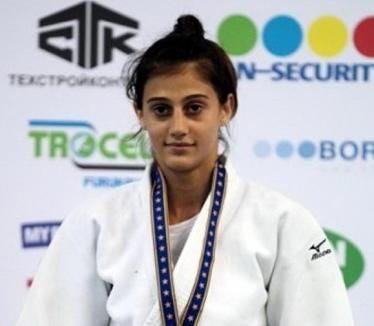 Larisa Florian s-a clasat a VII-a la Open-ul European de judo de la Varşovia