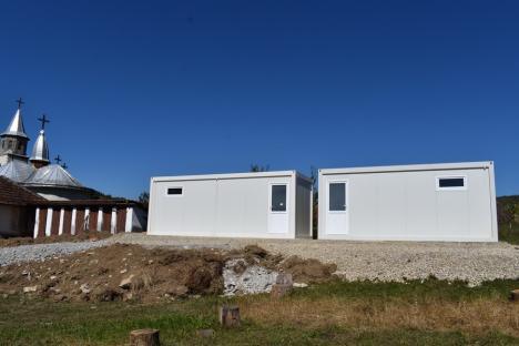 Şcoli 'bolnave': În plină pandemie, anul şcolar începe în Bihor cu zeci de grădiniţe şi şcoli fără autorizaţie sanitară(FOTO)