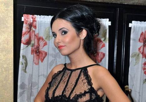 Psihologa Lavinia Raț a fost trimisă în judecată pentru luare de mită și trafic de influență