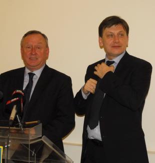 Congresul PNL: Cornel Popa şi Ilie Bolojan, propulsaţi de Antonescu în conducerea partidului