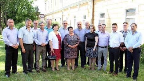 S-au luat după Bolojan! Primarul și consilierii liberali din Aleșd își donează din venituri pentru spitalul local