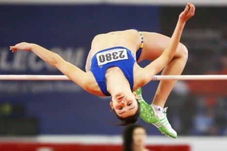 Orădeanca Ligia Bara este campioană naţională la săritura în înălţime