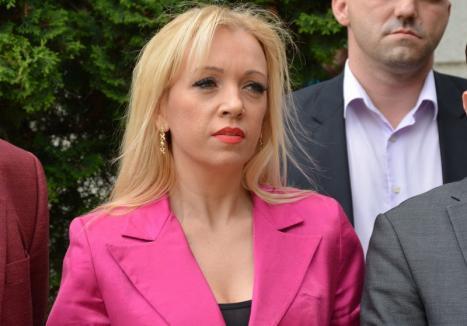 Szia, Lilla! Orădeanca Lilla Debelka a fost debarcată de la şefia organizaţiei PSD Diaspora