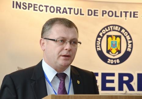 Percheziţii la sediul Poliţiei Bihor, dar şi acasă la chestorul Liviu Popa