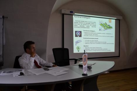Fiţi deştepti! Primarii de comune instruiţi să atragă fonduri europene pentru implementarea de proiecte tip 'smart city'
