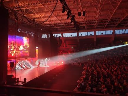Luptă în paşi de dans: 2.000 de orădeni au fost cuceriţi de discipolii lui Michael Flatley, la spectacolul 'Lord of the Dance' (FOTO / VIDEO)