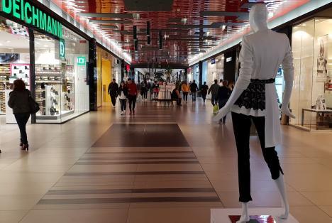 Din 15 iunie ar urma să se deschidă mallurile din România, anunţă ministrul Economiei