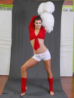 Dansatoarele Ars Nova au cules premii cu grămada la selecţia naţională pentru o competiţie mondială de show dance