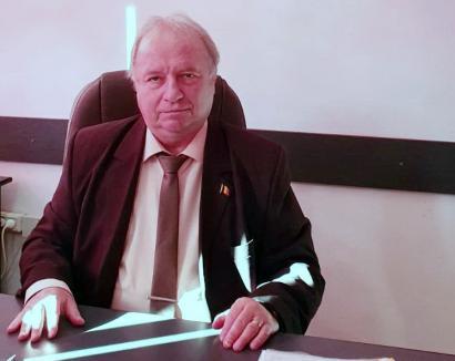 """Care pe care: Directorul Colegiului """"Unirea"""" din Ştei respinge suspiciunile de fraudă la Bacalaureat şi îl acuză pe şeful IŞJ Bihor că minte, ca să îşi răzbune un cumnat!"""