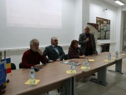 Ora despre comunism: Un profesor de la Universitatea de Vest le-a vorbit studenților orădeni despre Revoluția din Timișoara (FOTO)