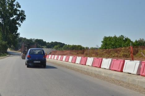 Nici cu sapa, nici cu mapa! CNADNR nu a angajat nici până acum o nouă firmă pentru refacerea DN 76 (FOTO)
