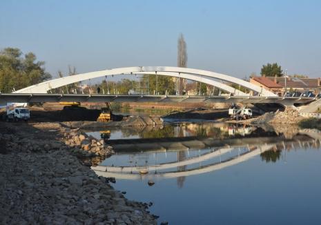 Podul Centenarului din Oradea se deschide traficului auto săptămâna viitoare. Vezi aici cum se va circula!