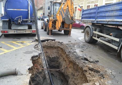 Locuitorii de pe patru străzi din Oradea rămân marți fără apă