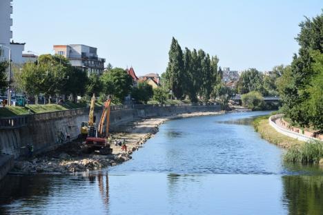 Faţa oraşului: Lucrările pe malul stâng al Crişului au ajuns în centrul Oradiei (FOTO)