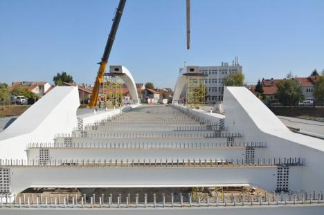 Cum arată Podul Centenarului. Va fi inaugurat înainte de termen, pe 1 Decembrie (FOTO/VIDEO)