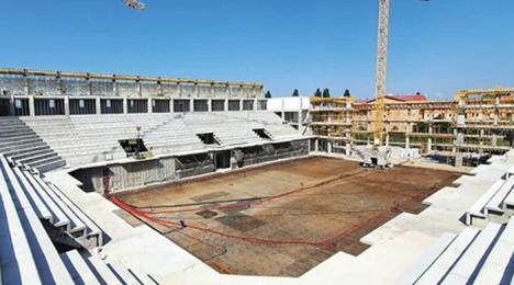 Lucrările la noua sală polivalentă din Oradea au fost realizate în proporţie de 50%