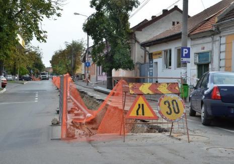 Orădenii de pe strada Roman Ciorogariu rămân, marți, fără apă!