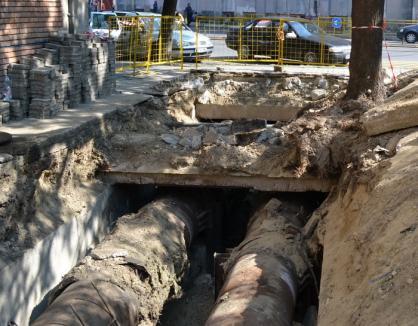 Furnizarea apei potabile în zona Republicii-Magheru-Doja, dar şi în cartierul Oncea, întreruptă total din cauza unei avarii