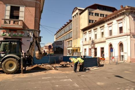 Strada Vasile Alecsandri a fost închisă pentru lucrări de reabilitare şi pietruire (FOTO)