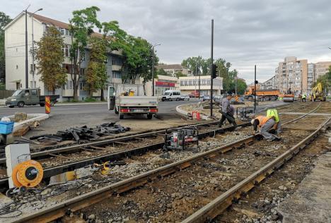 Se lucrează pe tronsoane.Constructorii au demontat linia de tramvai din Bulevardul Cantemir (FOTO)