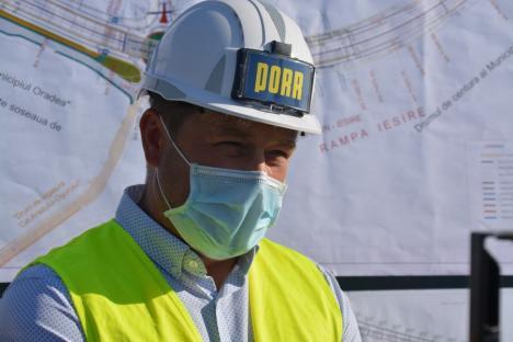 Realizat 51%. Constructorii au început lucrul la piloţii foraţi care vor susţine pasajul de la Piaţa 100 din Oradea (FOTO / VIDEO)
