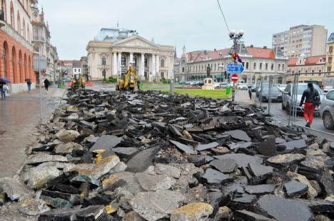 Şantier cu scandal: Primăria Oradea îndulceşte restricţiile din Piaţa Ferdinand, la reclamaţiile fraţilor Micula (FOTO)