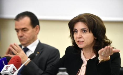 Viorel Cataramă o atacă pe Monica Anisie: 40% dintre elevii din mediul rural nu au acces la educaţie