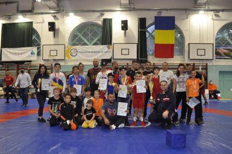 Luptătorii LPS Bihorul au dominat întrecerile Concursului Național la juniori