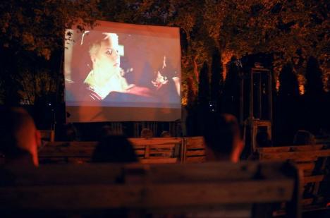 Unde ieșim săptămâna asta: Filme, muzică și relaxare în grădina MA Hub din Parcul Brătianu