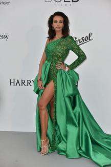 Mădălina Ghenea, apariţie de senzaţie la Cannes: Cum arată actriţa la mai puţin de două luni de când a născut (FOTO)