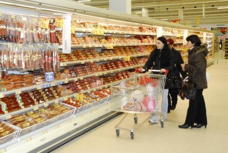 Senatorul Ghilea: Degeaba spune OPC că se vând alimente riscante dacă nu-i spune cetăţeanului exact ce anume să nu cumpere
