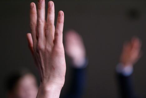 'Antisocial', despre prăpastia dintre elevi şi profesori