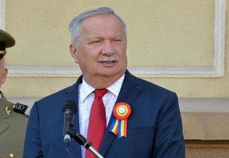Duşmanii limbii: Aliaţii din PSD şi ALDE spurcă limba română