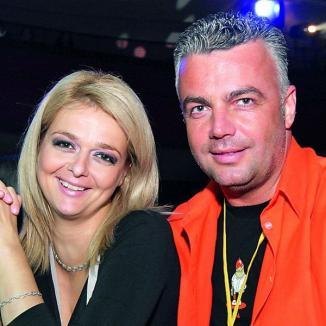 În sfârşit, Adrian Enache şi Iuliana Marciuc s-au căsătorit